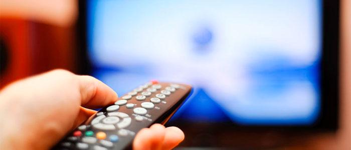 Вчені дізналися, яку неприємну хворобу може викликати перегляд телевізора більше 4 годин